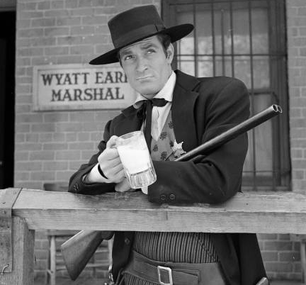 File:Life and Legend of Wyatt Earp.png
