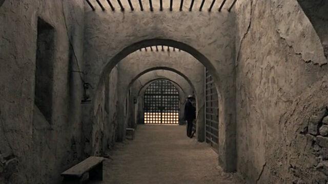 File:Los Diablos Prison cells.jpg