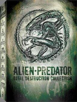 Alien - Predator Total Destruction Collection