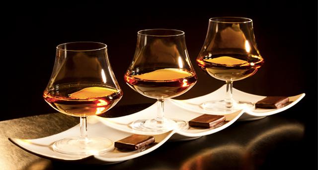 File:Wikia-Visualization-Main,whiskey.png