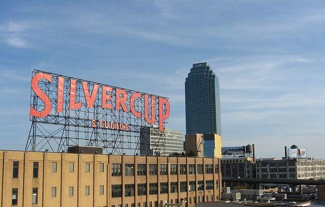File:800px-Silvercup Studios and Citicorp Building from Queensboro Bridge.jpg