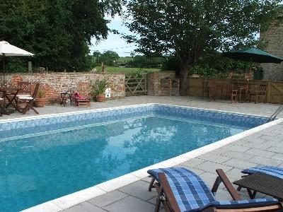 File:New swimming pool.jpg