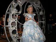 Alexa Green as Glinda