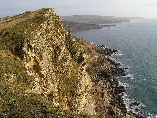 Plik:799px-Gad cliff dorset.jpg