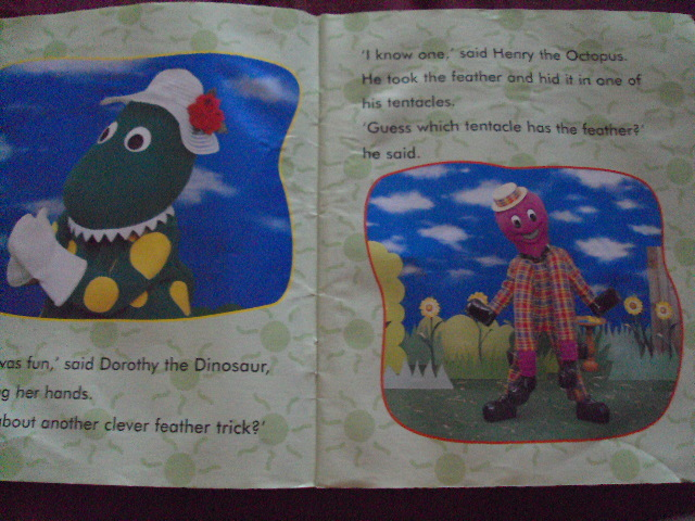 File:ADayOutWithTheWiggles-Page2.jpg