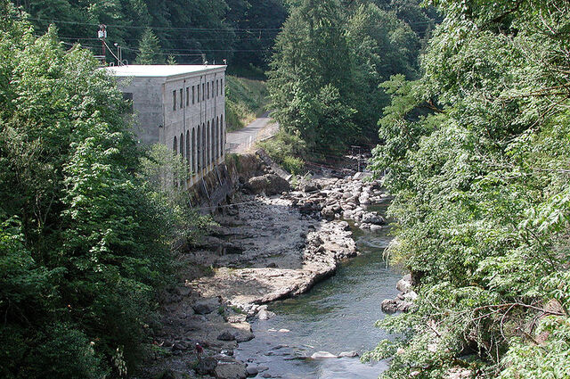 File:Bull Run River at power house.jpg