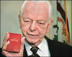 File:Byrd-and-constitution.jpg