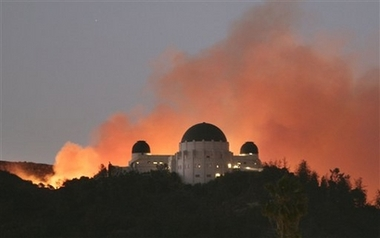 File:GriffithParkFire.jpg