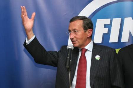 File:Gianfranco fini 2011.jpg