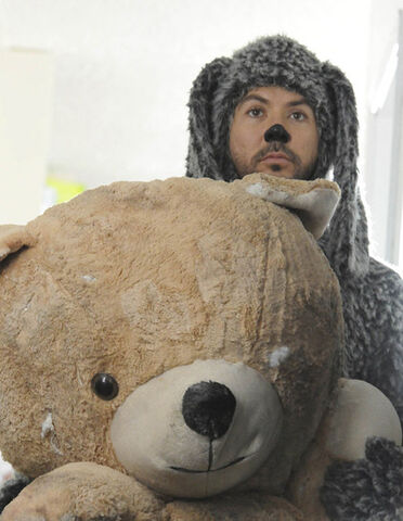 File:Bearandwilf.jpg