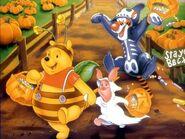 Pooh Halloween Wallpaper