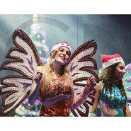 WC Christmas Tour - Stella wearing Santa Hat