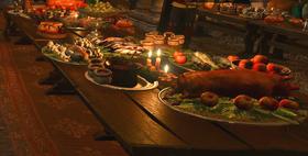 Tw3 Islanders feast