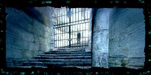 Scenes Locked in crypt