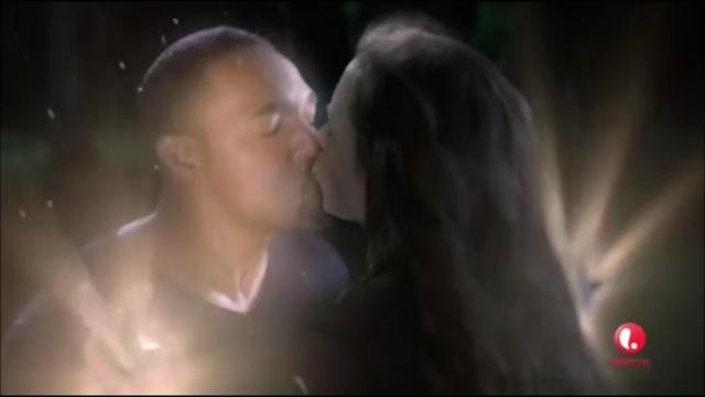 File:Adam Kissing Ingrid.png
