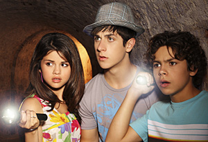 File:090826wizards-waverly-place1.jpg
