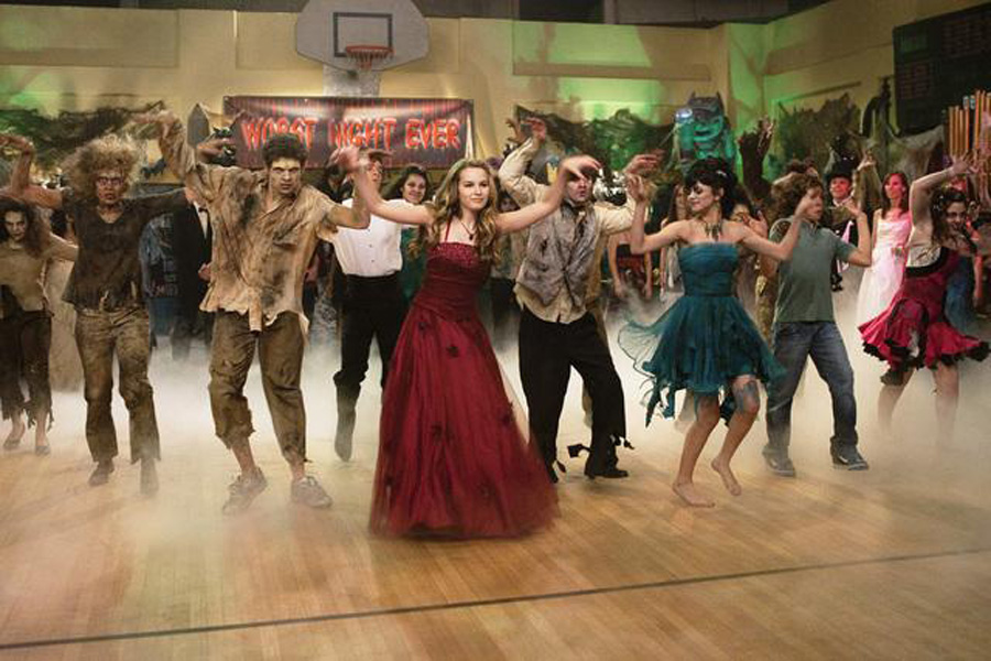 Wizards Amp Vampires Vs Zombies Wizards Of Waverly Place