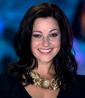 File:Ruthie Henshall.png