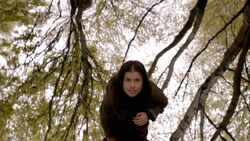 Maddy-using-Eolas-wolfblood-32567012-500-281