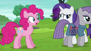 Maud Pie walking away from Pinkie S6E4