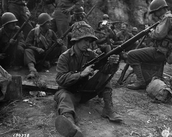 File:Private with M1903 Springfield, Italy 1943.jpg