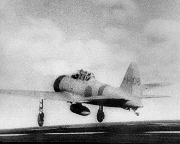 """File:A6M2 Model 21 """"Zero"""" taking off from Akagi for Pearl Harbor, 1941.jpg"""