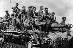 Panzergrenadiers on their way to the front, Kursk, July 1943