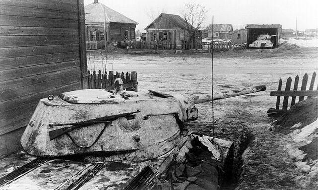 File:T-34 Combat, 1942.jpg