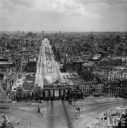 Aerial photograph of Brandenburg Gate, Berlin 1945