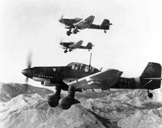 File:Junkers Ju 87D.jpg