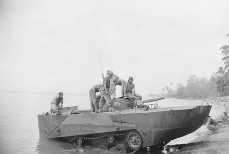 File:Type 2 Ka-Mi undergoing tests by Australian troops in Talili Bay, Rabaul, November 20, 1945.jpg