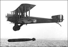 Sopwith Cuckoo launching torpedo (1)