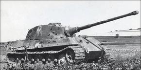 Tiger2-sSSPzAbt 501-France 1944-02