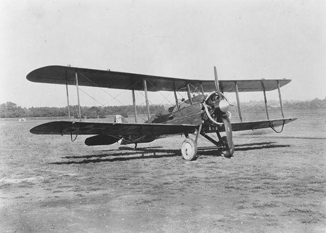File:Wright Radial Engine in a De Havilland DH-4B airplane (00910460 163).jpg