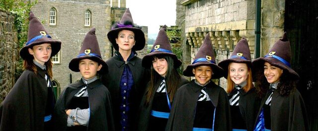 File:New Worst Witch main cast.jpg
