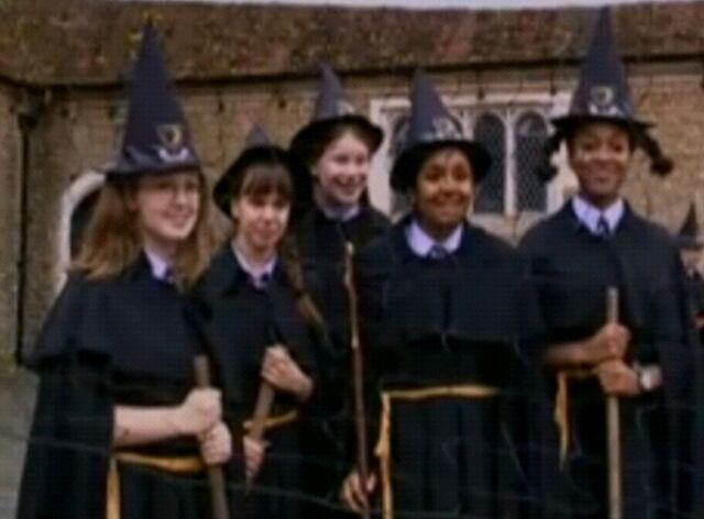 File:5witches.jpg