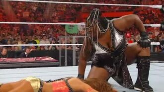 Raw- Kelly Kelly & Eve vs. The Bella Twins