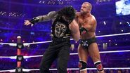 Roman fighting Triple H