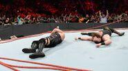 Big-Show and Braun-Strowman destory the ring