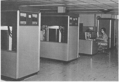 File:BRL61 IBM 305 RAMAC.jpeg
