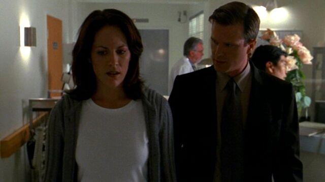 File:Monica Reyes and Brad Follmer at Washington Memorial Hospital.jpg
