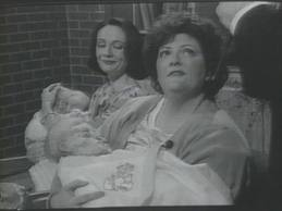 File:Shaineh Berkowitz with her child.jpg
