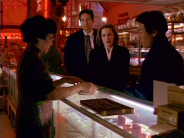 File:Wu is consulted by Glen Chao, Fox Mulder and Dana Scully.jpg
