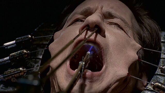 File:Drilling Mulder.jpg