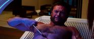 Logan cuts himself (Middle Adamantium Claw)