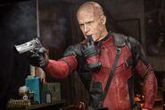 Deadpool glove