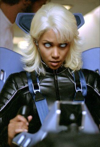 File:X-men-2-2003-166-g.jpg