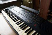 128624701 2 1000x700 roland-e-14-intelligent-keyboard-dodaj-zdjecia