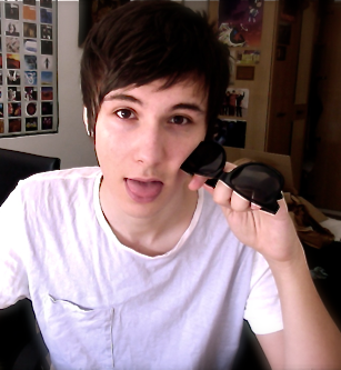 File:Dan Howell.png