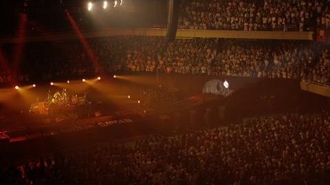 """「シャンデリア・ワルツ」from UNISON SQUARE GARDEN LIVE SPECIAL """"fun time 724"""" at Nippon Budokan 2015.7"""
